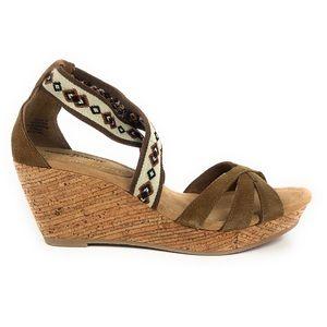 Minnetonka Drew Wedge Brown Platform Sandals 71321